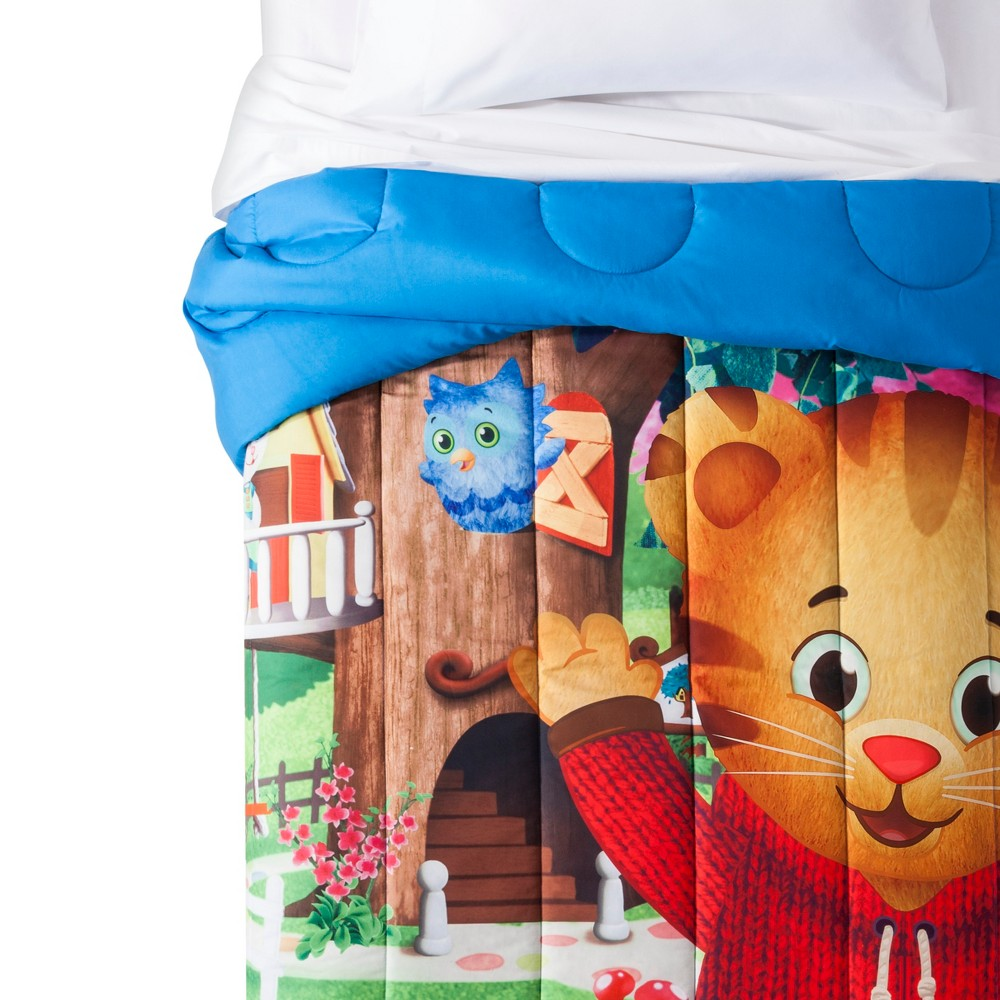 Image of Daniel Tiger's Neighborhood Blue Comforter (Twin)