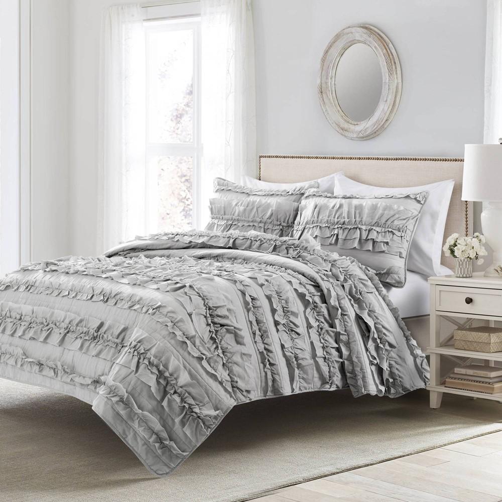 Image of 2pc Twin Belle Quilt & Sham Set Light Gray - Lush Décor
