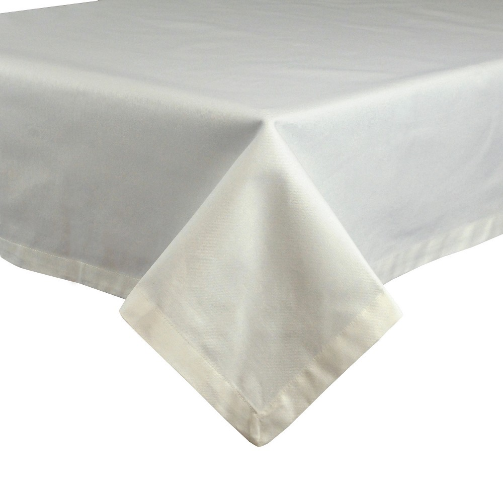 White Tablecloth (52x52) - Design Imports