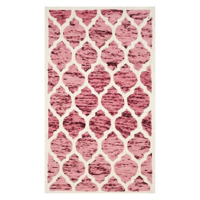 Tricia Quatrefoil Design Loomed Accent Rug - Safavieh