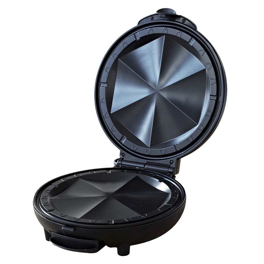 Imusa Electric Quesadilla Maker, Black The Imusa Quesadilla Maker creates crispy, cheesy, delicious quesadillas in minutes! Fill your tortillas with your favorite ingredients such as shrimp, chicken, vegetables, peppers and of course cheese! The Imusa quesadilla maker will perfectly melt the cheese, toast the tortillas to a golden brown, and segment the quesadilla into perfect triangles! Color: Black.