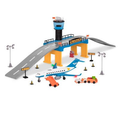 DRIVEN – Airport Playset with Toy Airplane (32pc) – Micro Series