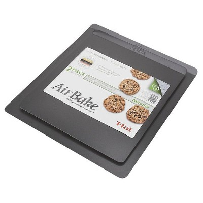 AirBake 14x12 in and 16x14 in Nonstick 2-Pack Cookie Sheet Set
