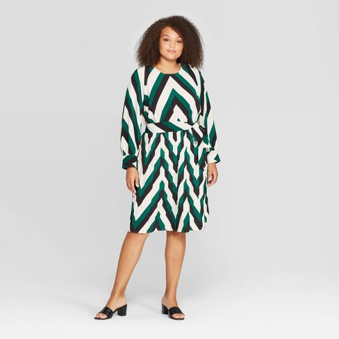Women\'s Plus Size Long Sleeve Crewneck Dress - Who What Wear™