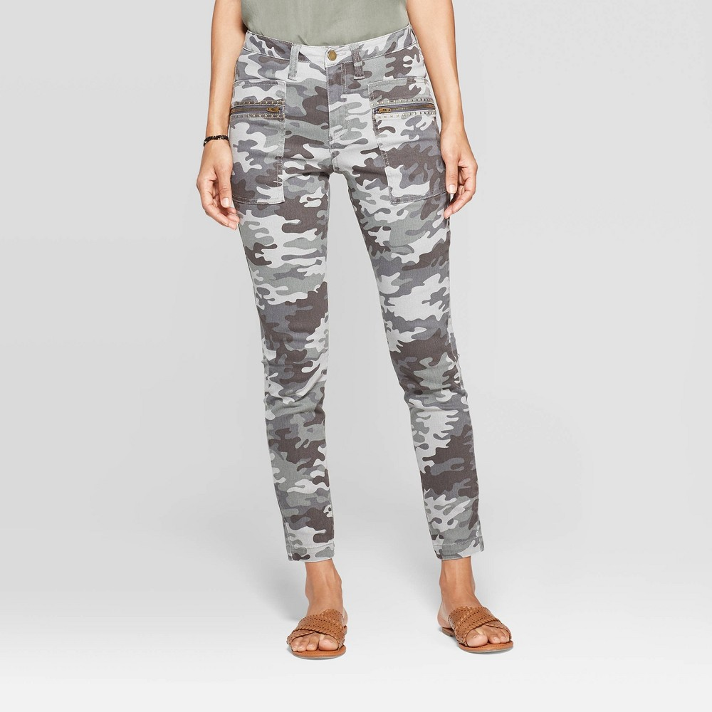 Women's Camo Print Mid-Rise Pull-On Full Length Fashion Pants - Knox Rose 12, Multicolored