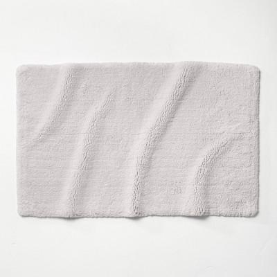 "24""x40"" Ultra Soft Tufted Bath Rug Light Gray - Casaluna™"