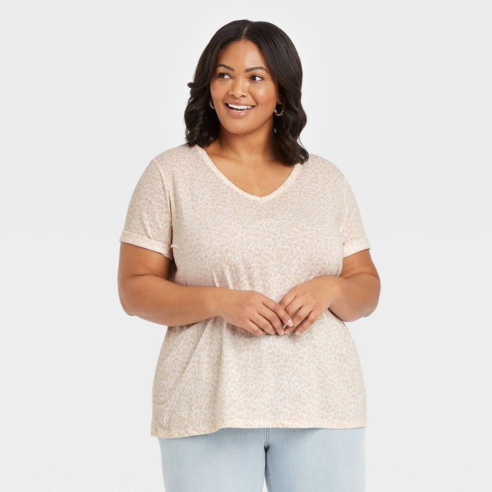 Women 39 S Plus Size Leopard Print Short Sleeve V Neck Slim Fit Essential T Shirt Ava 38 Viv 8482 White 3x