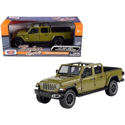 2021 Jeep Gladiator Overland (Open Top) Pickup Truck Matt Green 1/24-1/27 Diecast Model Car by Motormax