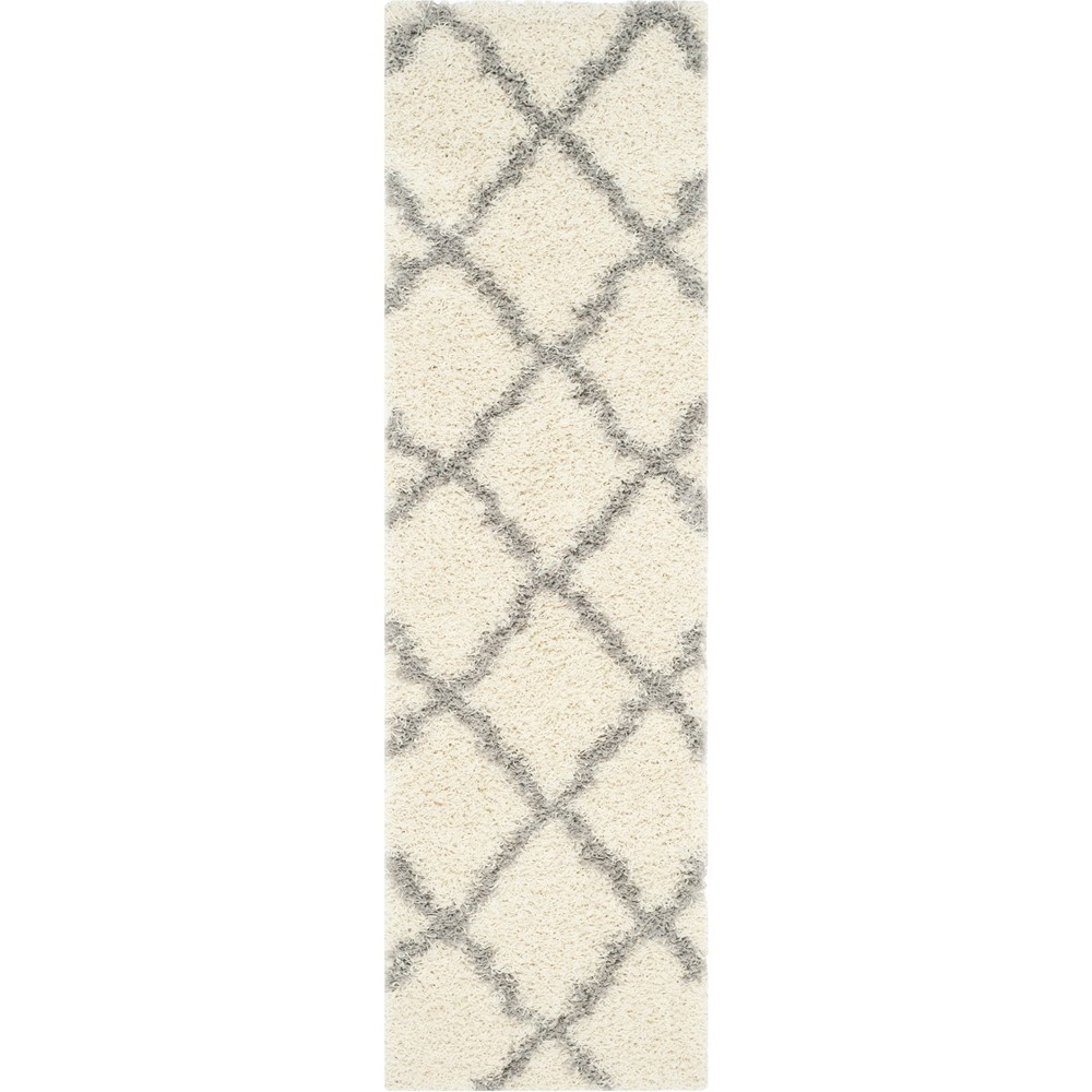 Quatrefoil Design Loomed Area Rug Ivory/Gray