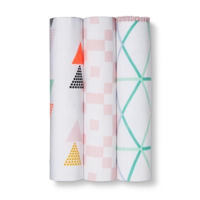 Muslin Blankets Geo Bright Girl 3pk - Cloud Island™ Pink