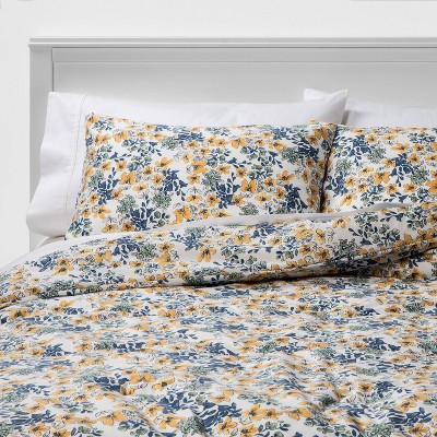 Full/Queen Floral Printed Family Friendly Comforter & Sham Set Yellow - Threshold™