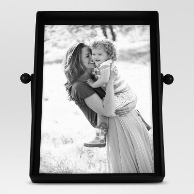 Metal Single Image Frame 5x7 Black - Threshold™