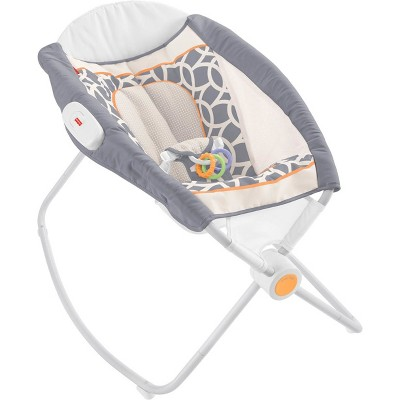 Fisher-Price Rock 'n Play Sleeper in Halcyon - Gray