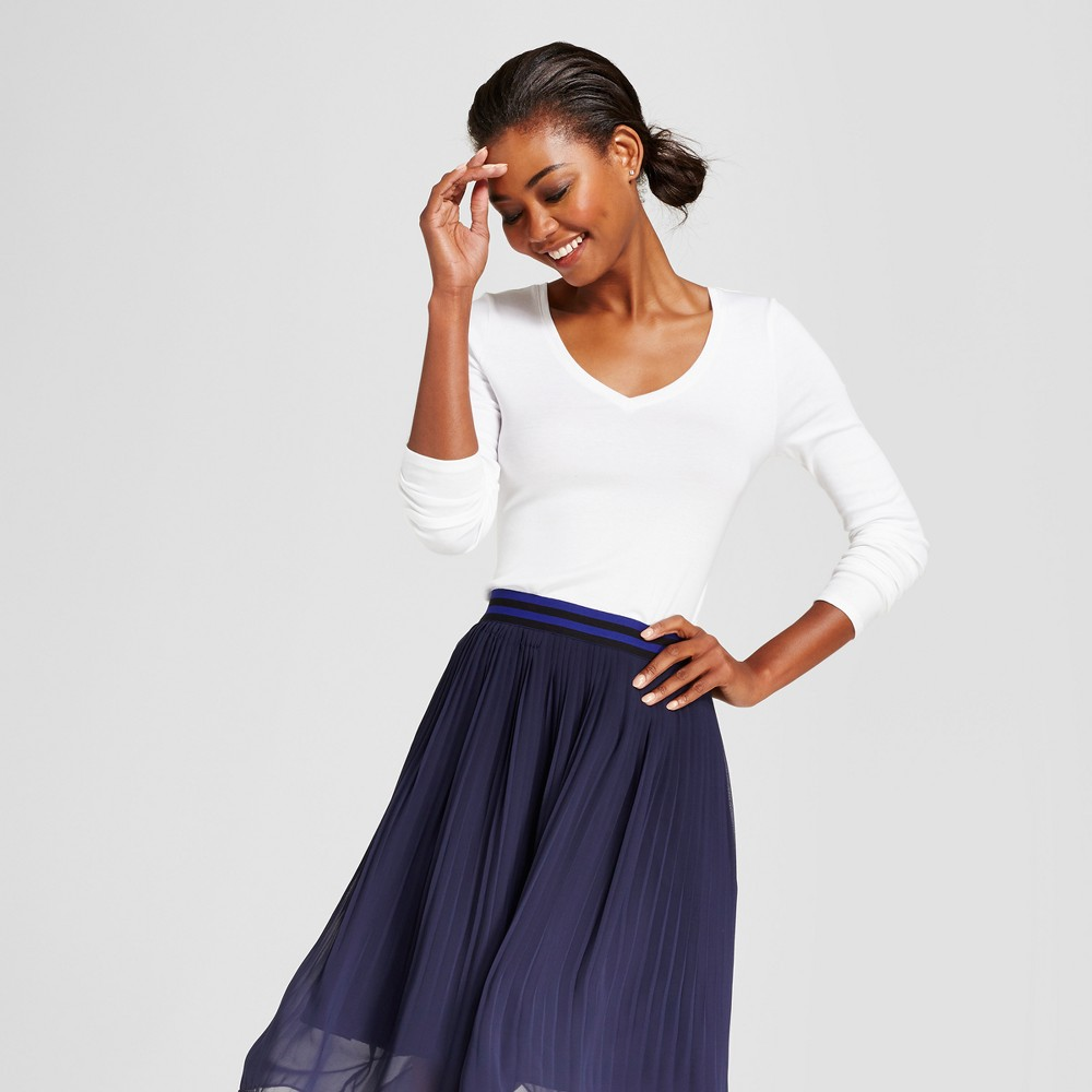 Women's Long Sleeve V-Neck T-Shirt - A New Day White S