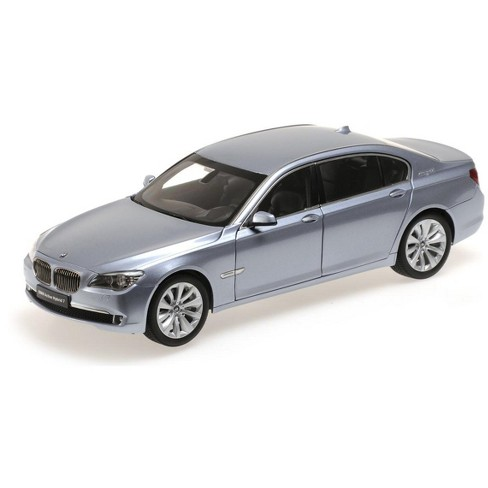BMW 7 Series Active Hybrid Light Blue 1/18 Diecast Car Model by Kyosho - image 1 of 2
