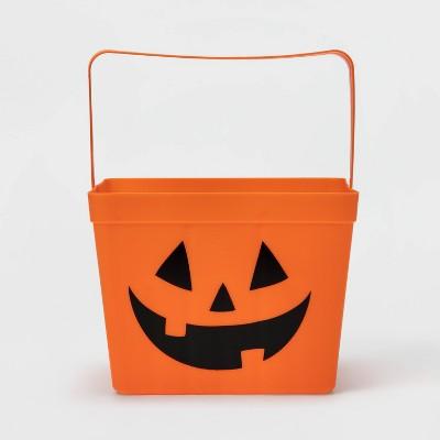 Berry Basket Pumpkin Halloween Trick or Treat Container - Hyde & EEK! Boutique™