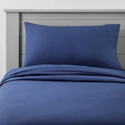 Toddler Solid Cotton Sheet Set Navy - Pillowfort™
