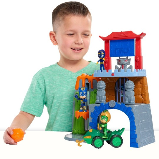 PJ Masks Mystery Mountain Playset image number null