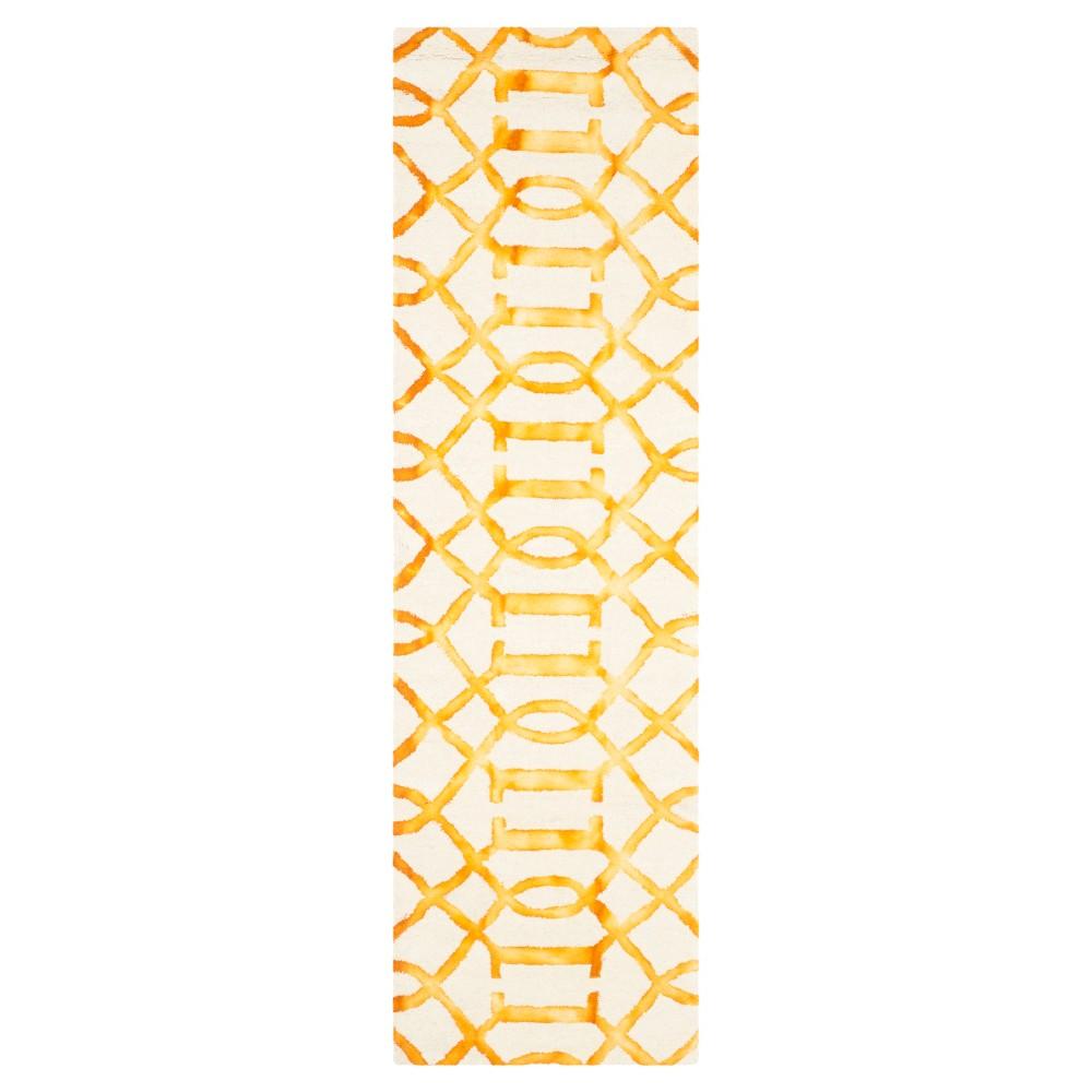 Estcott Area Rug - Ivory/Gold (2'3x10') - Safavieh