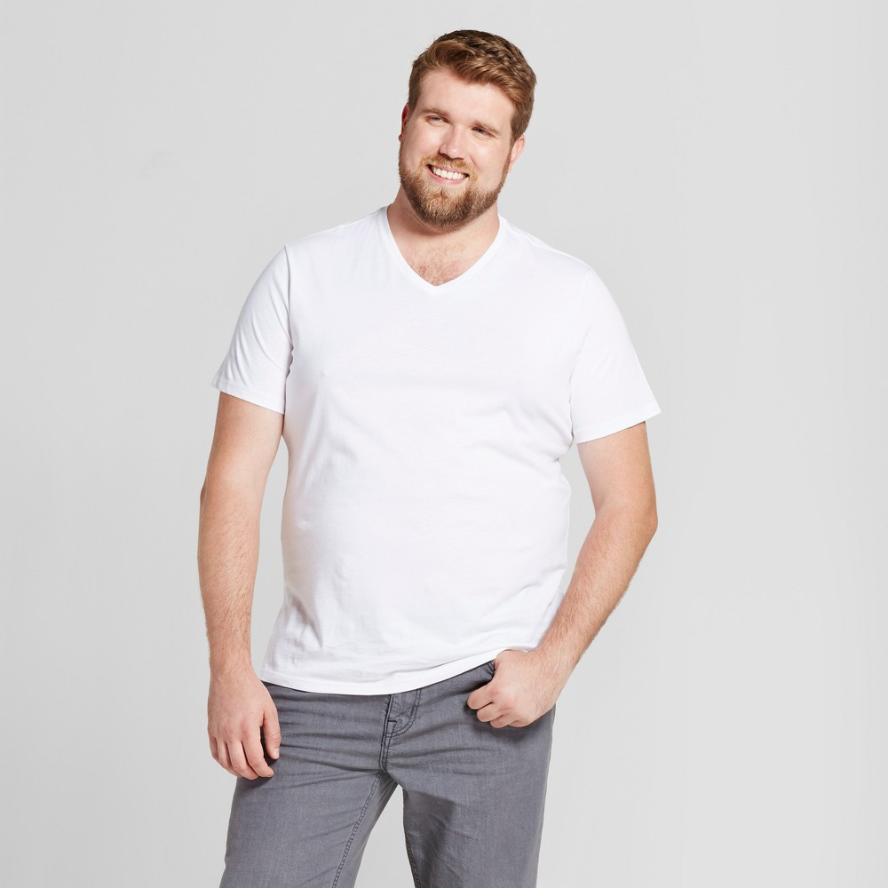 Men's Big & Tall Standard Fit Short Sleeve V-Neck T-Shirt - Goodfellow & Co White 4XBT