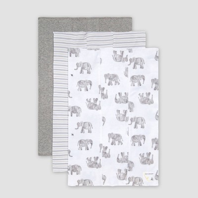Burt's Bees Baby® Baby Wandering Elephants Burp Cloth Set - Gray