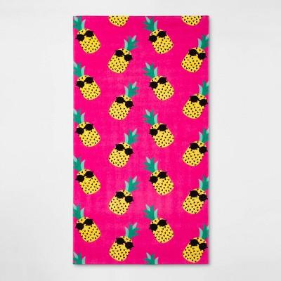 Pineapples Beach Towel - Sun Squad™