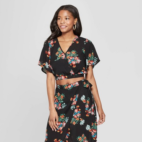 8075b9815c1f Women's Floral Print Short Sleeve V-Neck Wrap Top with Tie Back -  Xhilaration™ Black