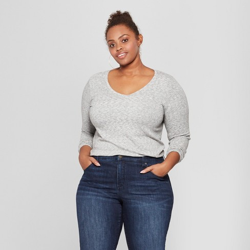 33c1f8069ee Women s Plus Size Long Sleeve V-Neck T-Shirt - Ava   Viv™   Target