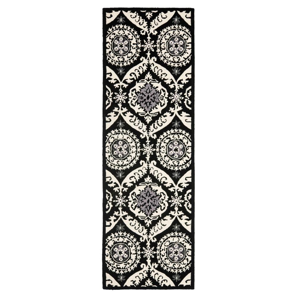 Huntington Runner Rug - Black / Ivory (2'6 X 6') - Safavieh, Black/Ivory