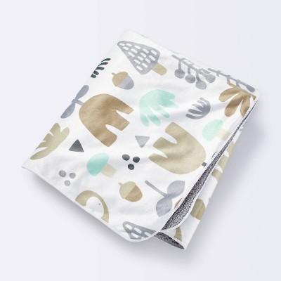 Plush Velboa Baby Blanket Sweet Woodland - Cloud Island™ Tan/Gray