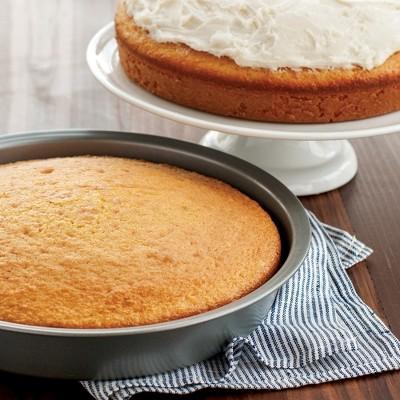 Nordic 9 Round Cake Pan Silver