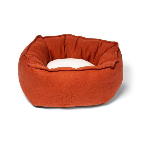 Hi Walled Round Cuddler Pet Bed - S - Boots & Barkley™ - image 1 of 2