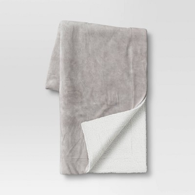 """50""""x60"""" Holiday Solid Plush with Sherpa Reverse Throw Blanket Gray - Wondershop™"""
