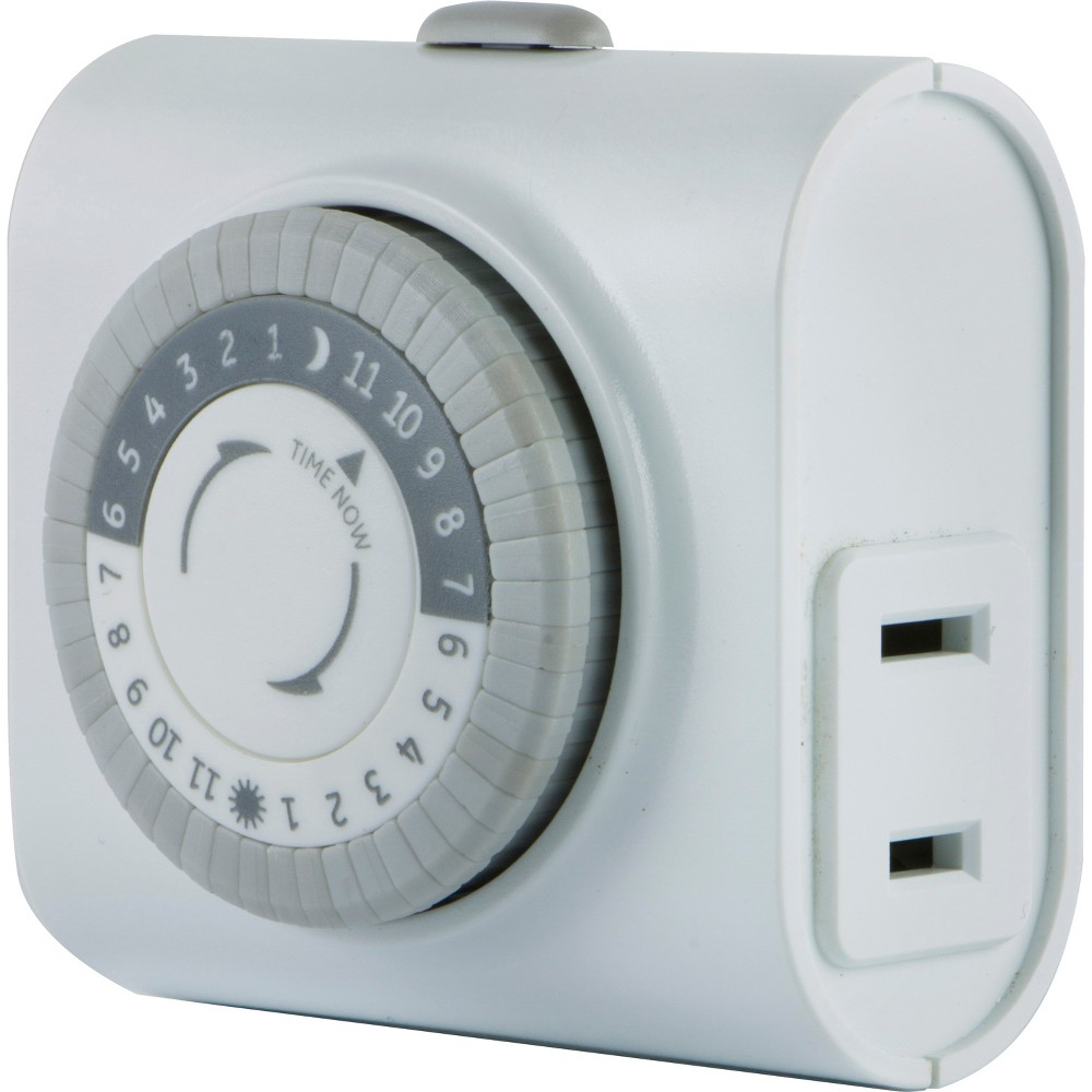 GE Indoor Mechanical Timer 24hr with 1 Outlet, White