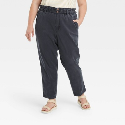 Women's High-Rise Tapered Pants - Universal Thread™