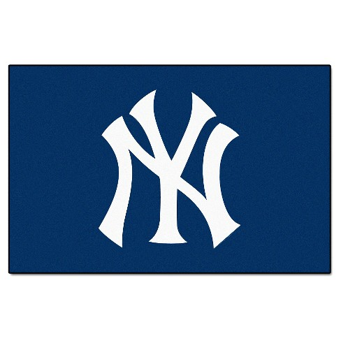 """1'6"""" x 2'6"""" New York Yankees Fanmat Accent Rug - image 1 of 1"""
