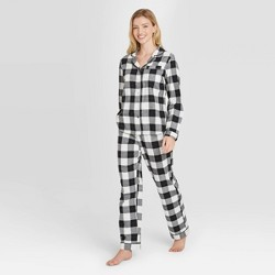Women's Plaid Perfectly Cozy Flannel Long Sleeve Notch Collar Top and Pants Pajama Set - Stars Above™