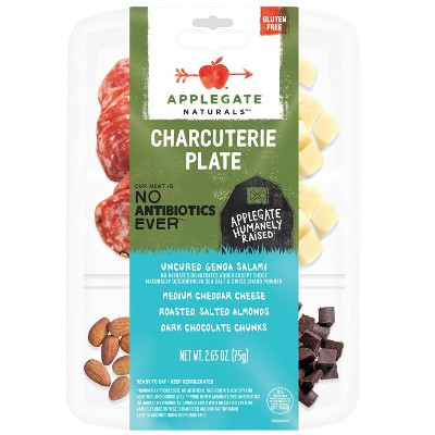 Applegate Natural Charcuterie Plate Uncured Genoa Salami, Cheddar, Roasted Almonds & Dark Chocolate - 2.65oz