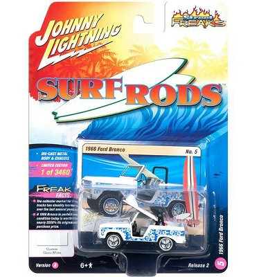 """1966 Ford Bronco w/Surf Board White """"Street Freaks"""" Limited Edition 3460 pcs 1/64 Diecast Model Car by Johnny Lightning"""