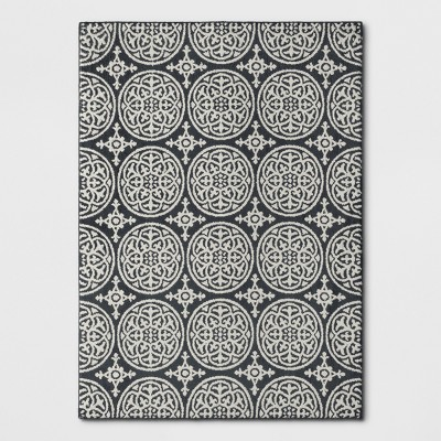 5'X7' Medallion Washable Tufted And Hooked Area Rug Gray - Threshold™