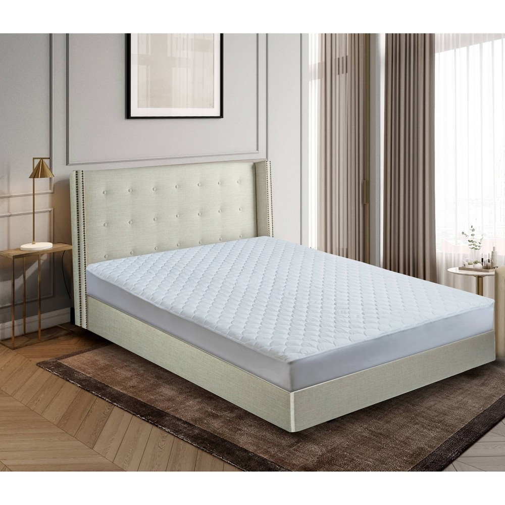 Image of Damask Dual Action Stain & Water Repel Mattress Pad (King) White - Blue Ridge Home Fashions