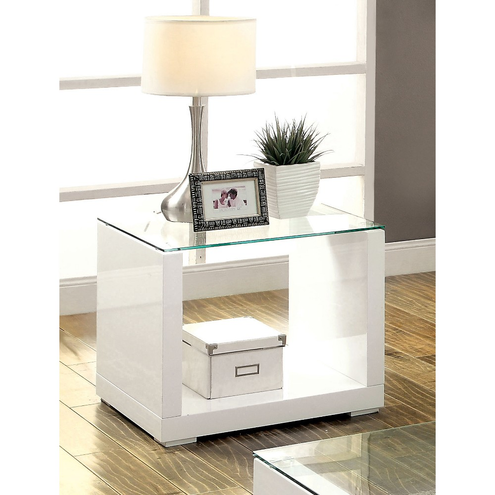ioHomes End Table White, Accent Tables