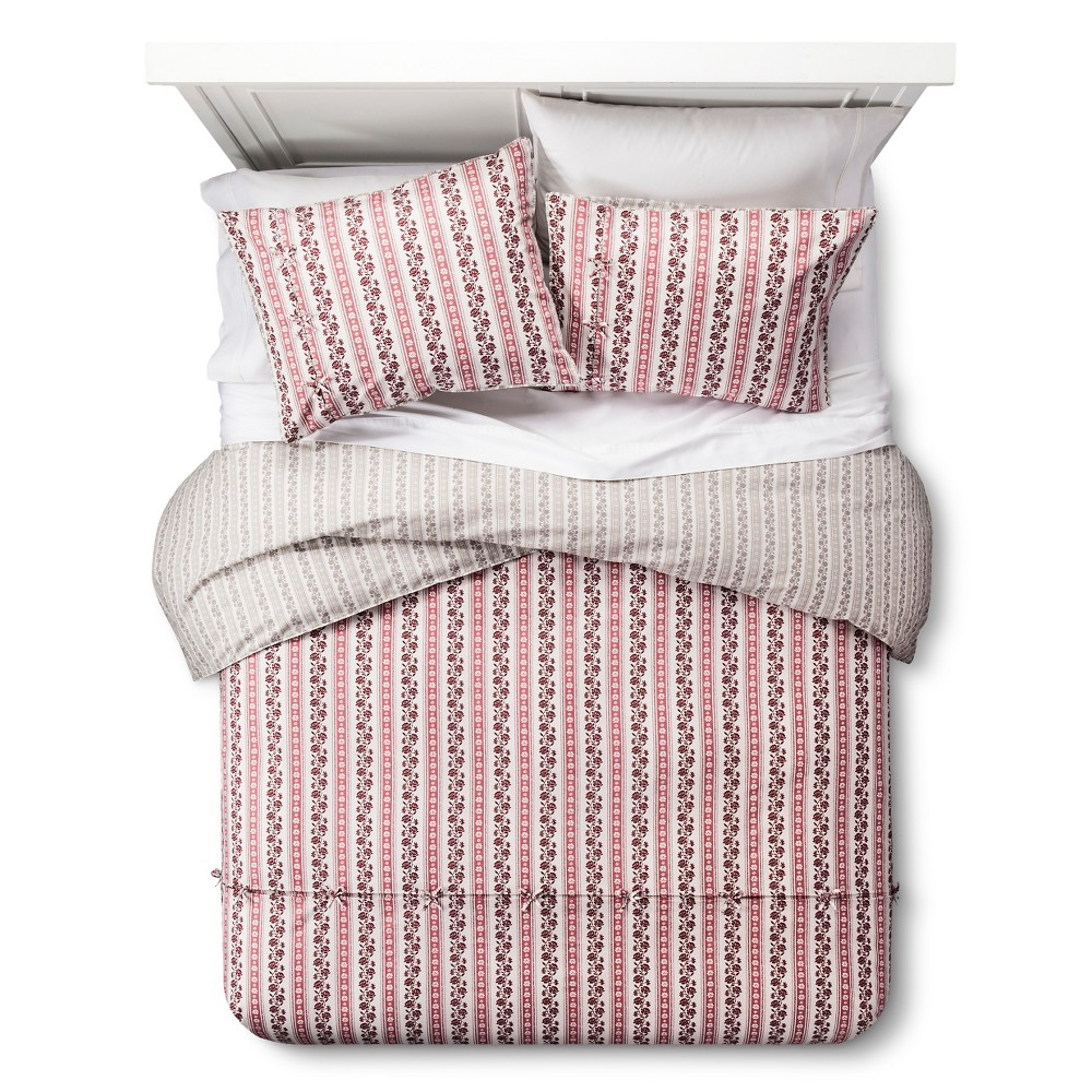 Image of Darby Way Reversible Duvet Cover and Sham Set (Full/Queen) Red 3-Piece - Beekman 1802 FarmHouse