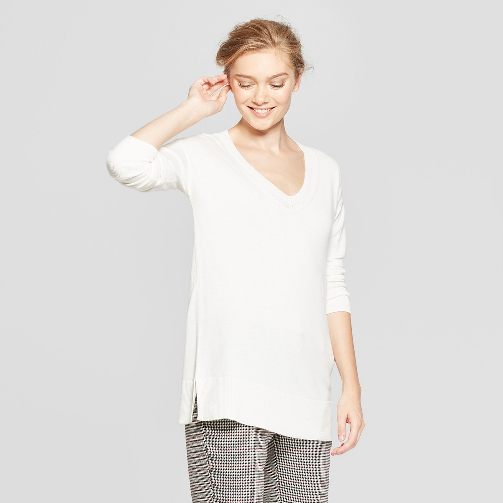 Women's V-Neck Luxe Pullover Sweater - A New Day Cream (Ivory) M