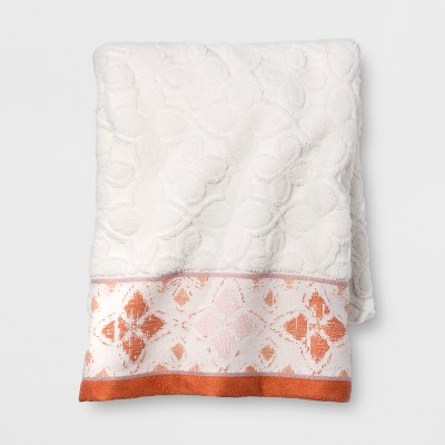 Diamond Border Bath Towel White/Orange - Opalhouse™