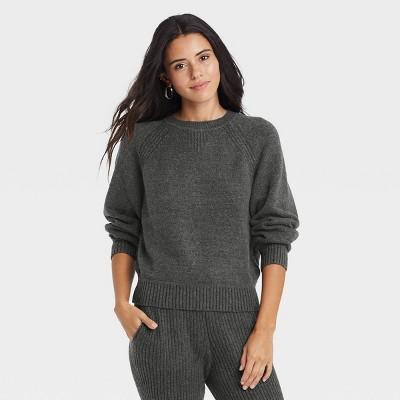 Women's Crewneck Pullover Sweater - Universal Thread™