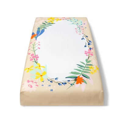 Fitted Crib Sheet Wildflower Wreath - Cloud Island™ White Floral