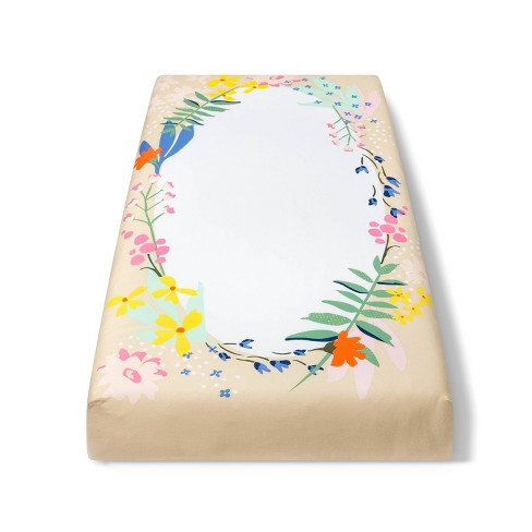 Fitted Crib Sheet Wildflower Wreath - Cloud Island™ White Floral - image 1 of 2