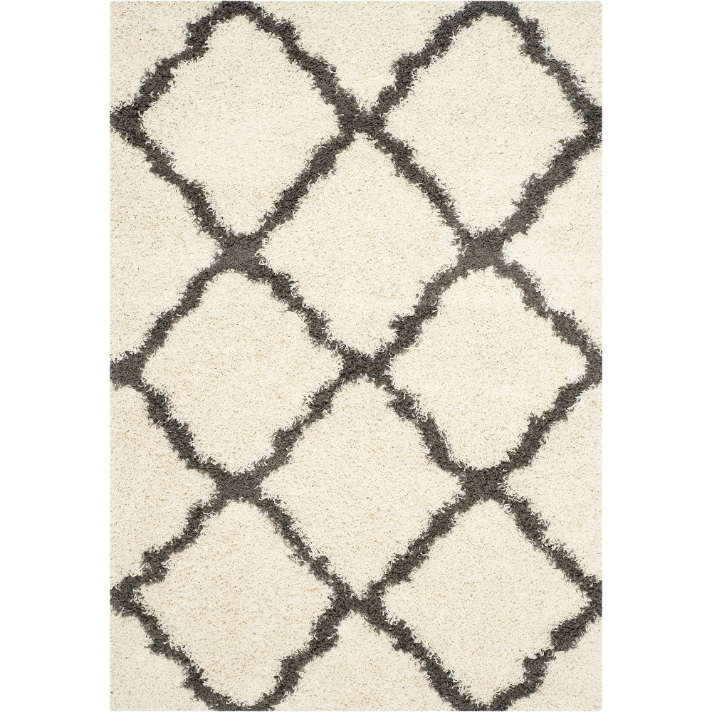 Quatrefoil Design Loomed Area Rug Ivory/Dark Gray