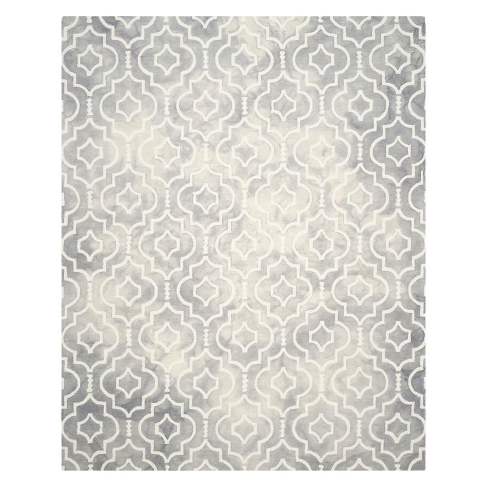 9'X12' Quatrefoil Design Area Rug Gray/Ivory - Safavieh
